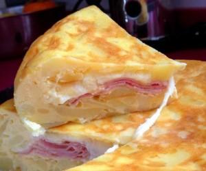 Картофельная запеканка с ветчиной и сыром в мультиварке скороварке