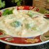 Легкий куриный суп с брокколи и сыром